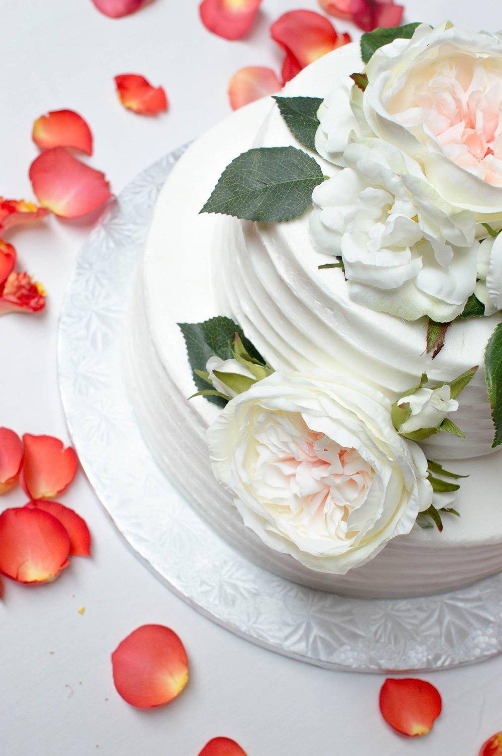 wedding-1861560_1920.jpg