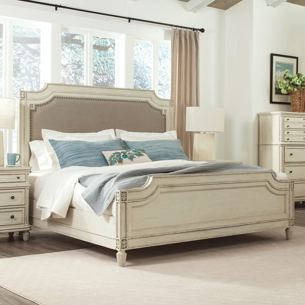 Huntleigh Collection by Riverside
