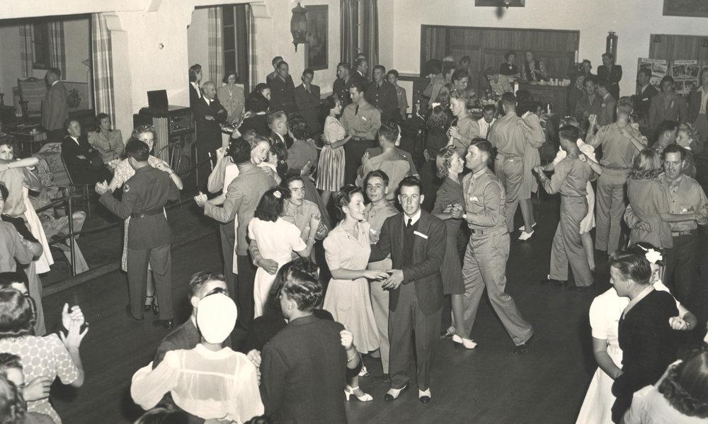 CabrilloPavilion_Dance_1941-008.jpg