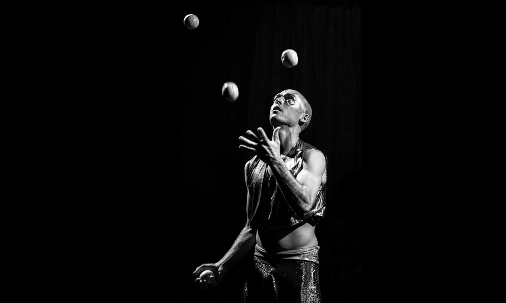 Juggling -