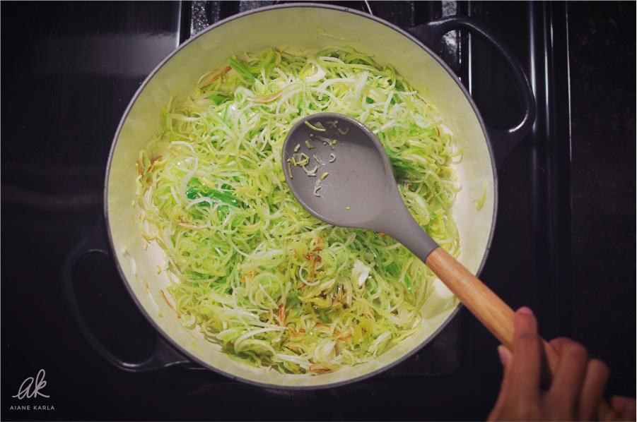 vegan-potato-leek-soup-10.jpg
