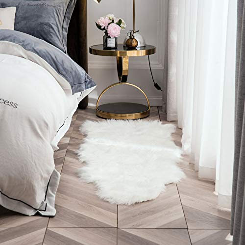 OJIA Deluxe Soft Faux Sheepskin Rug/Throw