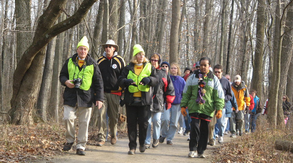 2012 BLK Winter Hike_volunteers lead hike_DC.jpg