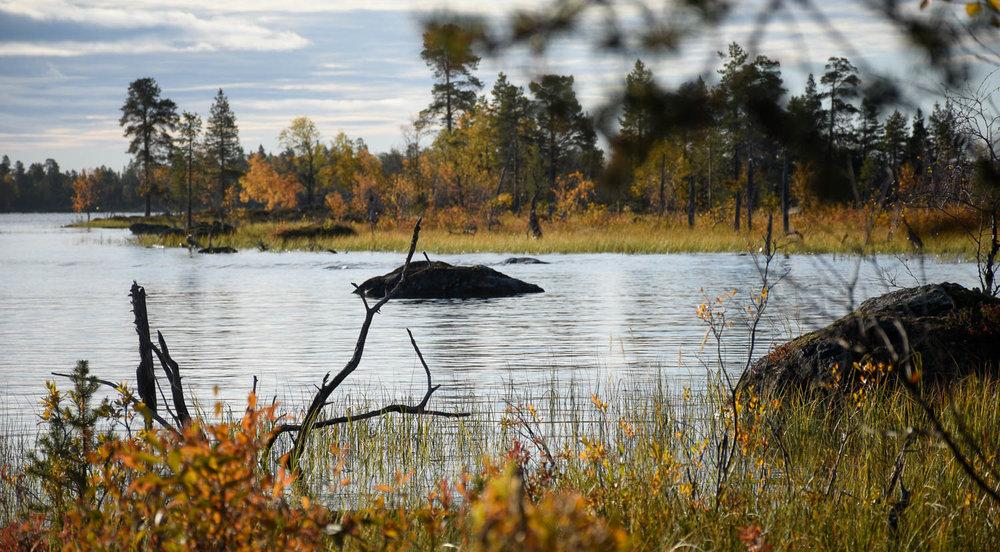 Syksyinen Inarijärvi on kaunista katsottavaa.