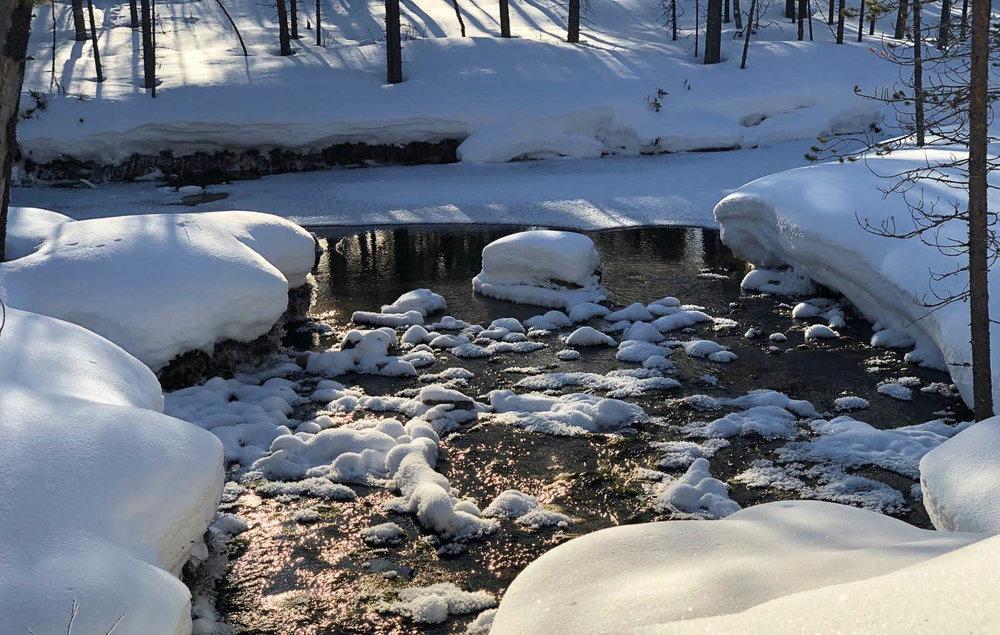 Lumen ja jään kauneutta.