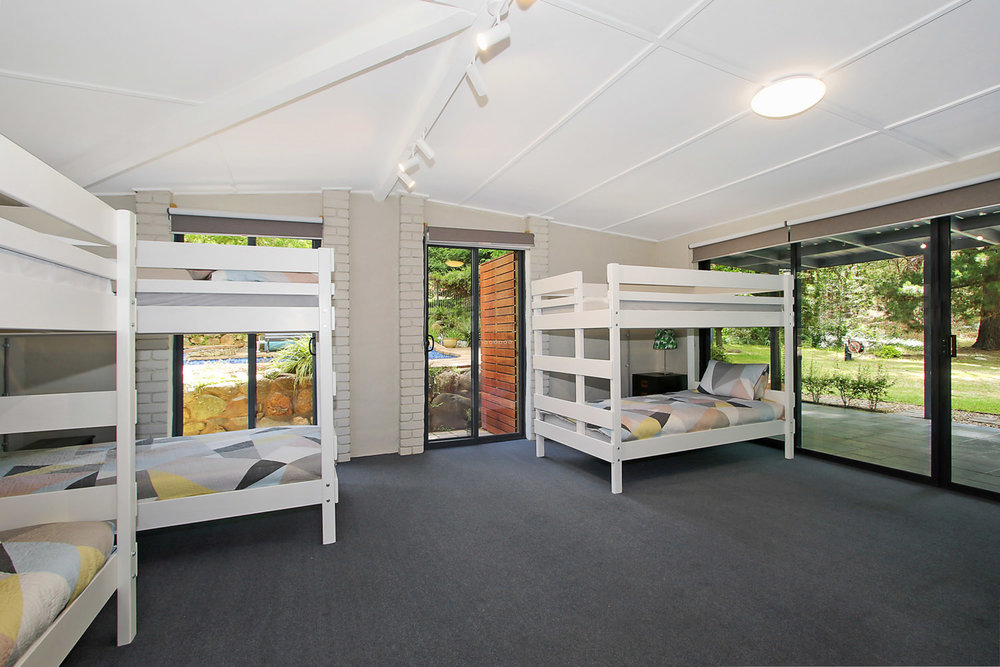 BEDROOM FOUR: 3 BUNKBEDS