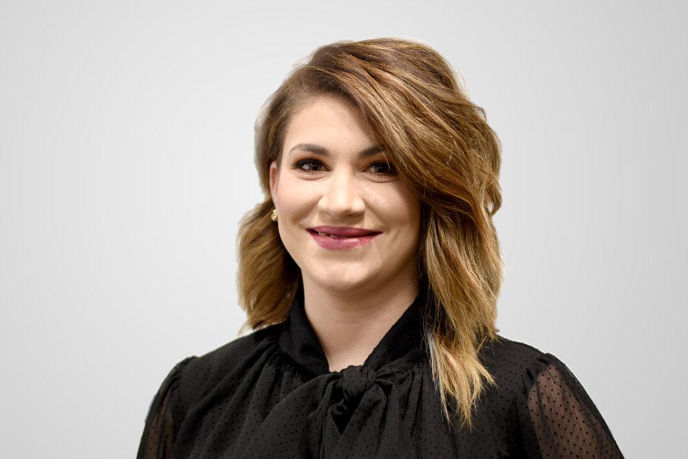 Aleesha Takewell    Hair Designer