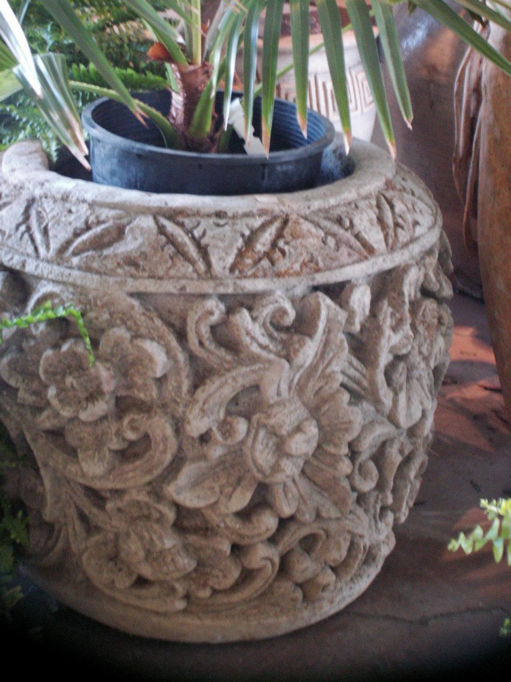 stone vase 2.jpg