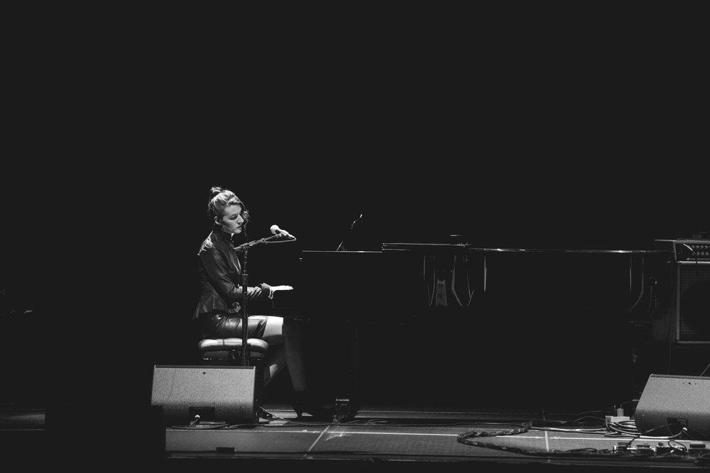 jesse-paris-smith-pianist-pathway-to-paris-the-masonic-sf.jpg