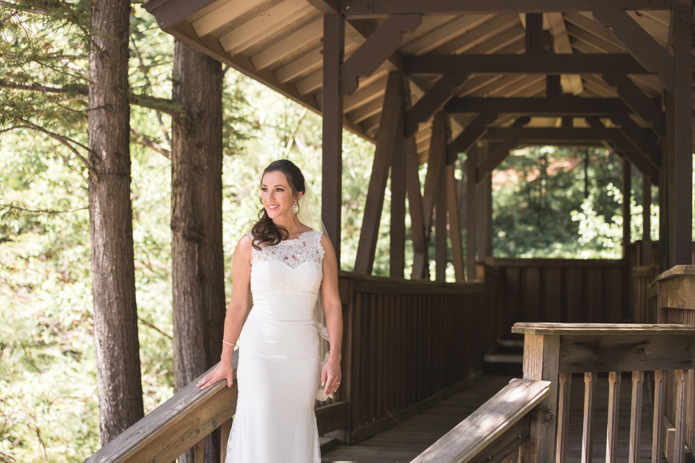 wedding-bride-portrait-sequoia-woods-country-club.jpg