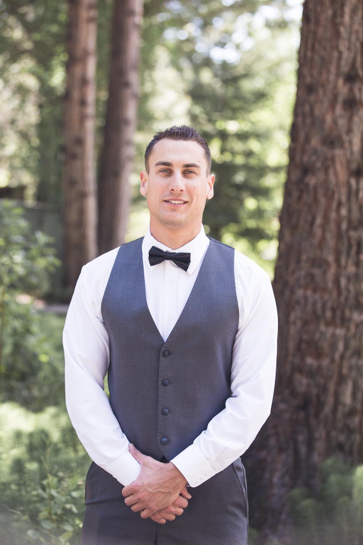 wedding-groomsman-portrait.jpg