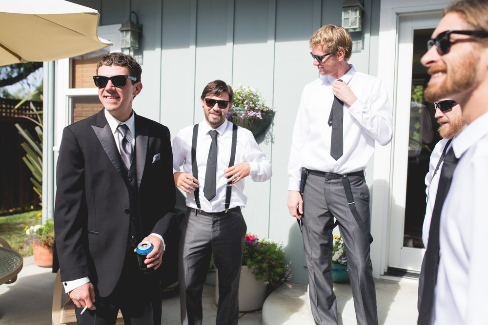 santacruzgroom_groomsmen_getingready_santacruzweddings.jpg