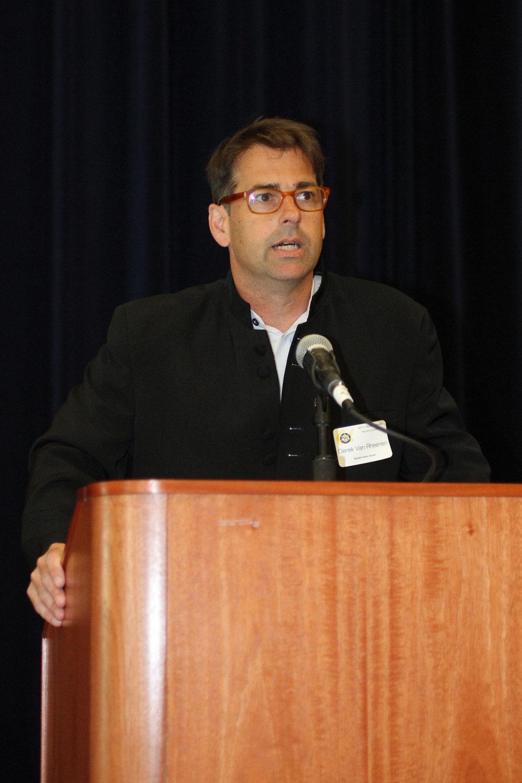 11 Honors Luncheon Derek Van Rheenan speaks 135-KC.jpg