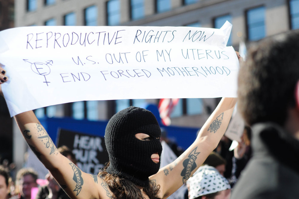 A protestor fighting for reproductive autonomy.     Photo by Audrey Valbuena