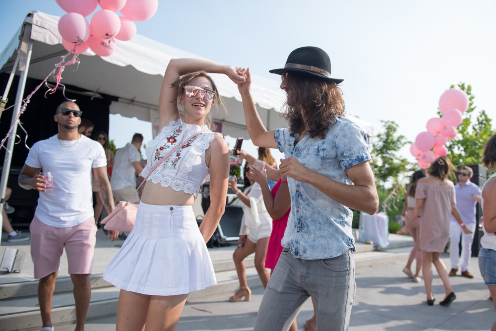 Rosé revelers dance the day away