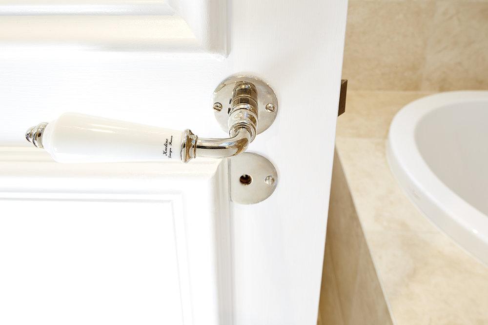 ord Balmain_Main Bathroom_037.jpg