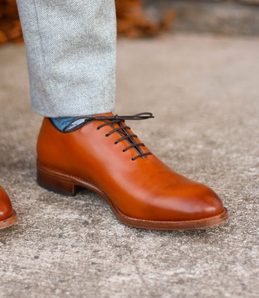 """You can see the """"V"""" shape that forms when the split-lace up system adjusts to my foot height"""