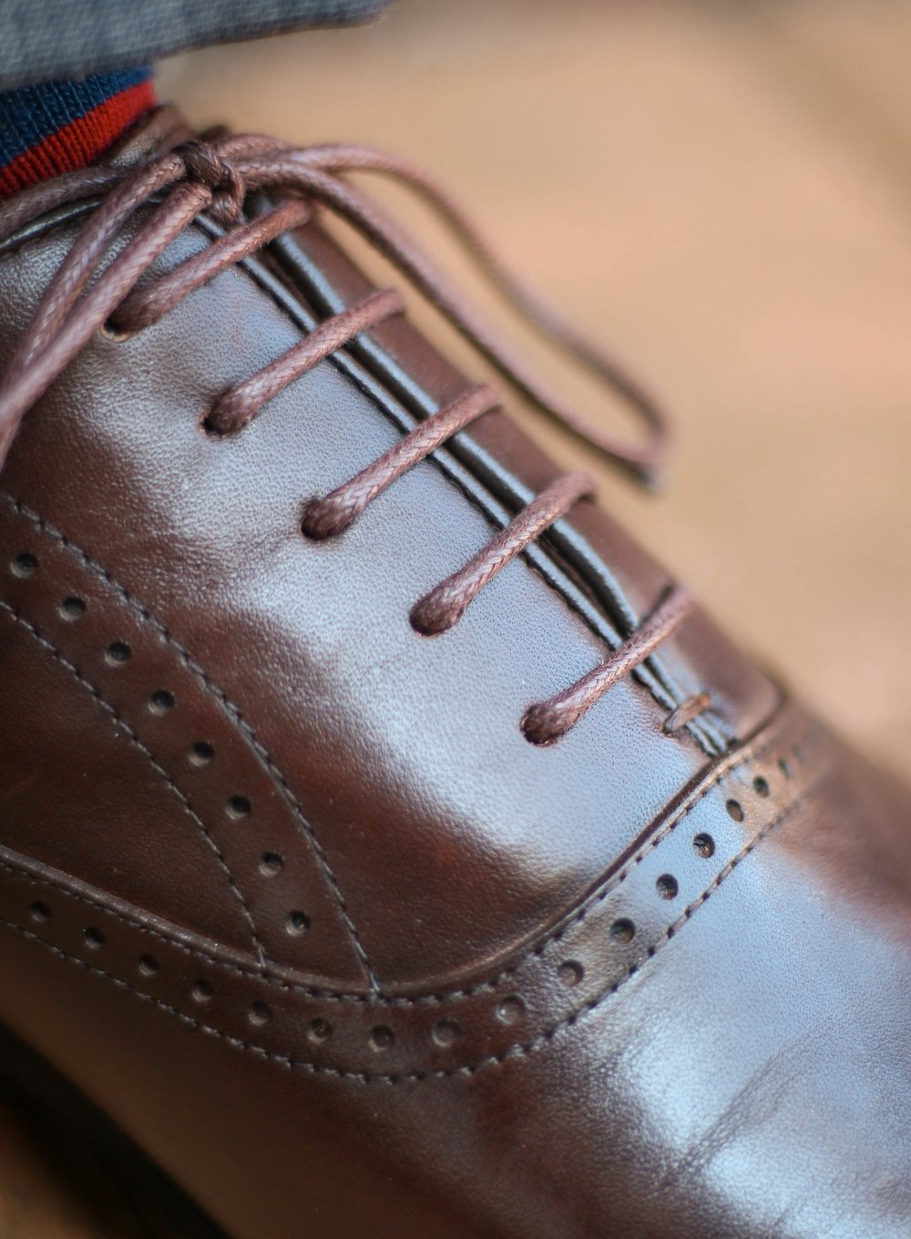"""These oxfords are slightly too big- the easy way to tell is because the """"V"""" is completely closed."""