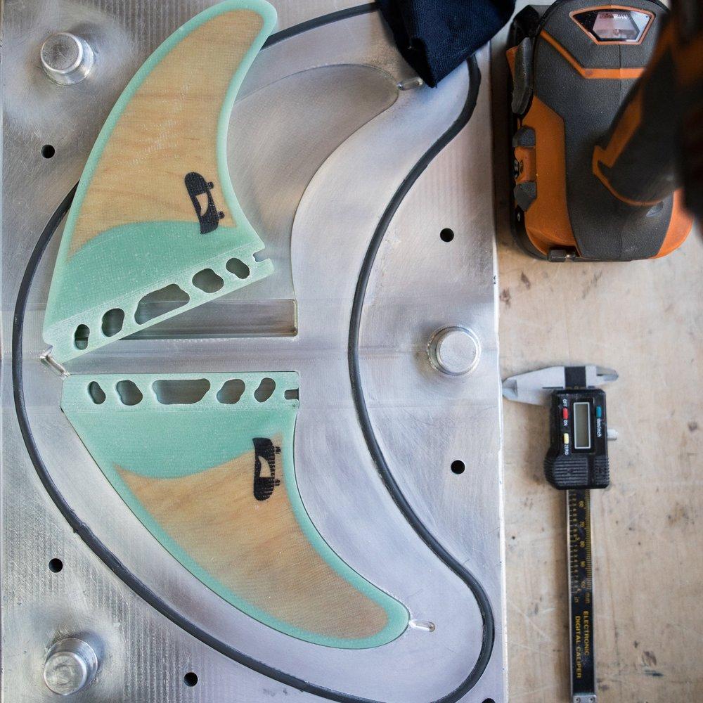 PushFins - Transforming skate decks into fins