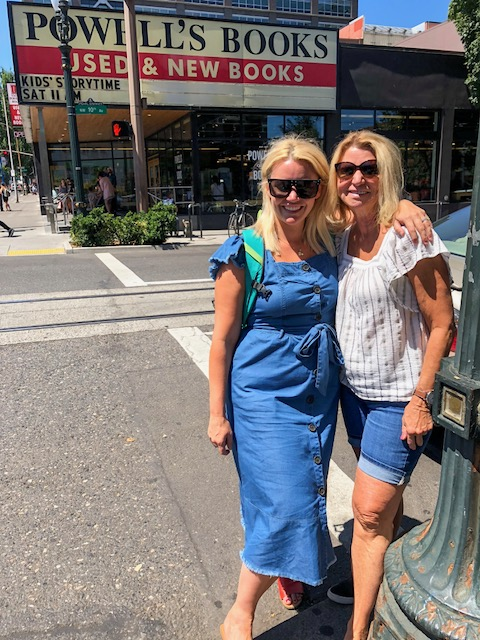 Standing outside the world famous Powell's Books store in the Pearl District with my mom! I wore this amazing belted dress from   Target  ! Price: $36.99