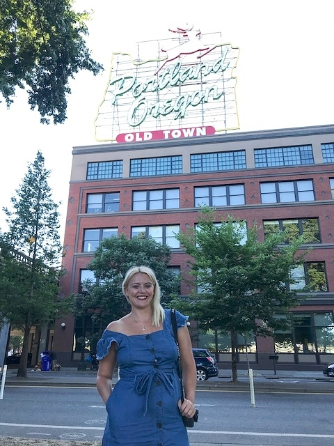 The World Famous Portland, Oregon Sign! Love my comfy   Target   dress!