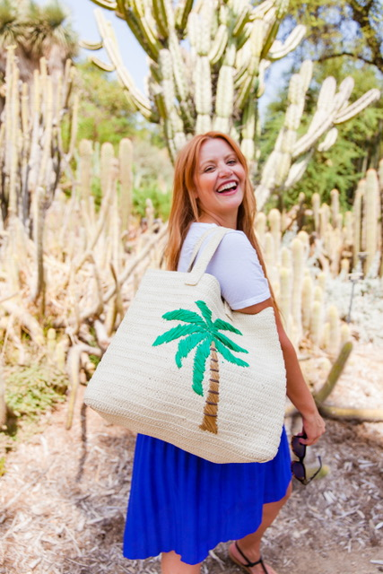 Holding onto the last bit of Summer with my favorite Summer and Rose Purse!   Purse: Summer and Rose- The Frankie Tote- $74