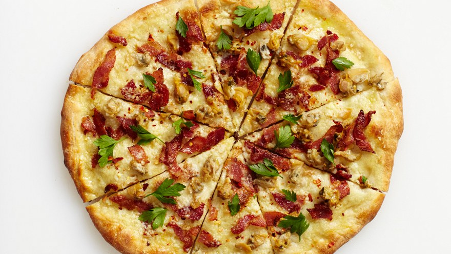 clam-and-bacon-pizza.jpg