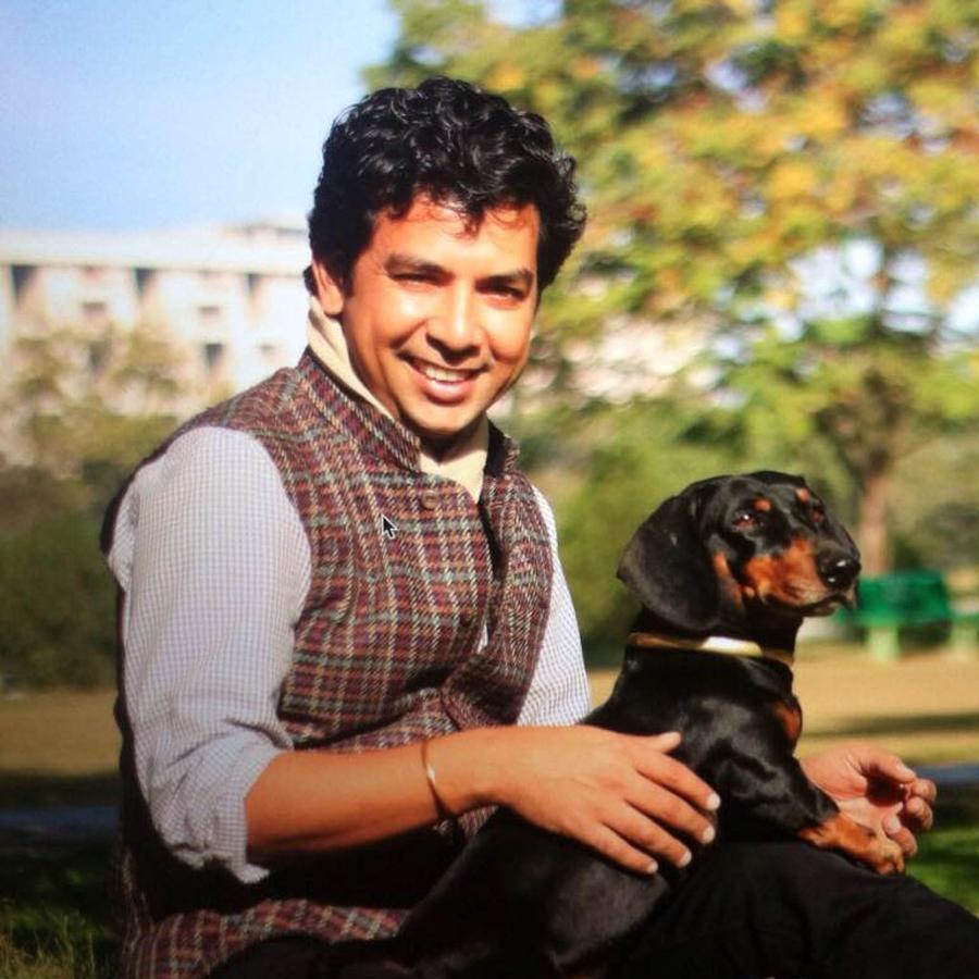 Ayush Kasliwal_square.jpg