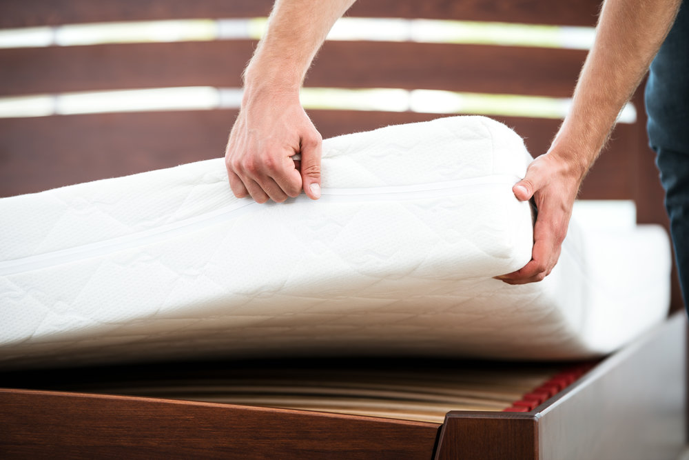 6 Signs of Bed Bugs on a Mattress in Valley Stream, NY