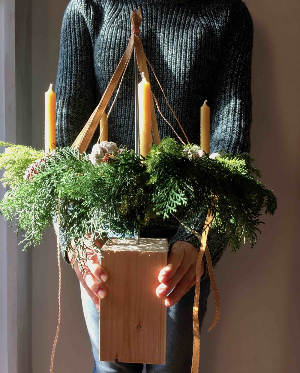 Flying table wreath (image pic)