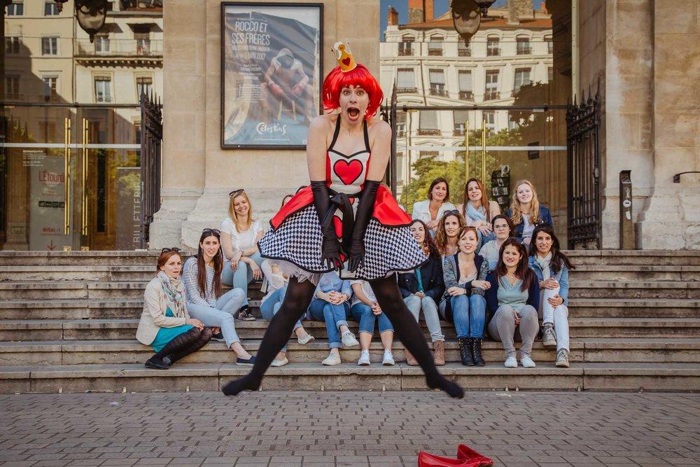 Enterrement de vie de jeune fille Alice queen à Lyon