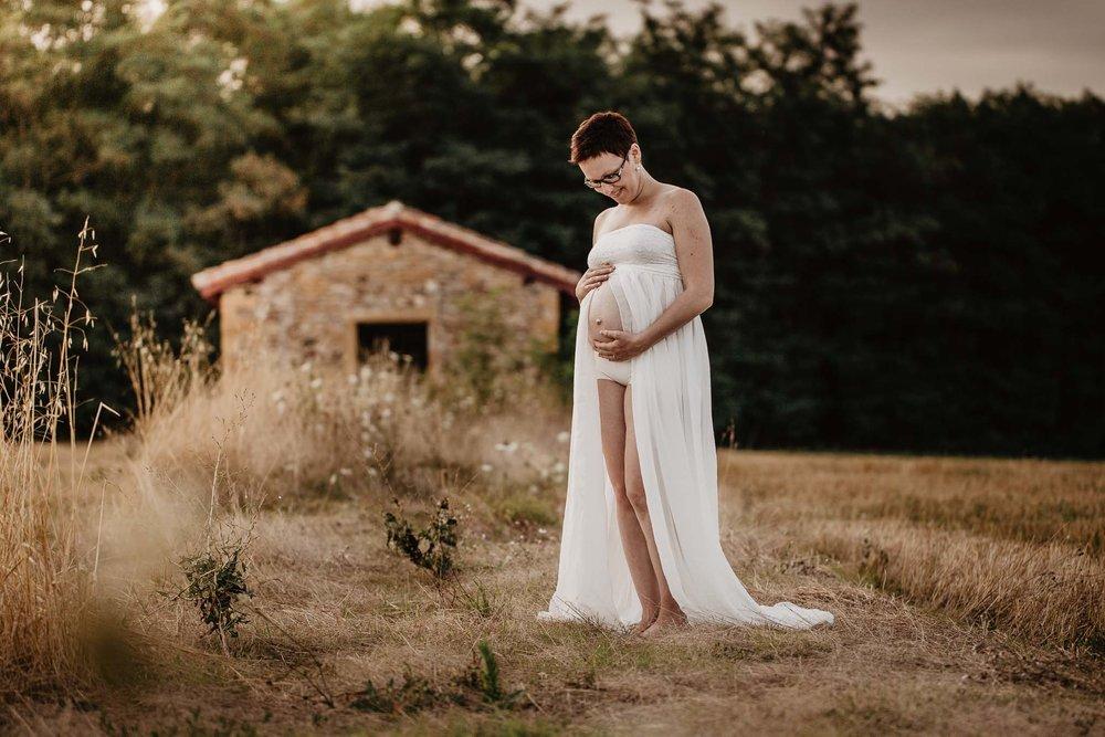 grossesse-femme-enceinte-couple-nature-campagne-ingold-photographe-57.jpg