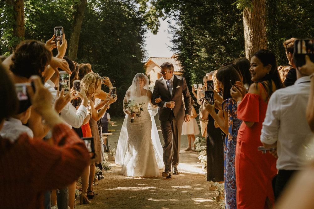 mariage-clos-liesses-rhone-ingold-40.jpg