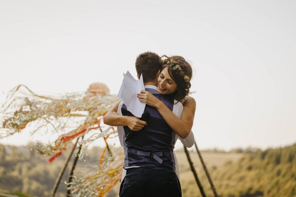 mariage-ceremonie-laique-cantal-ingold-18.jpg