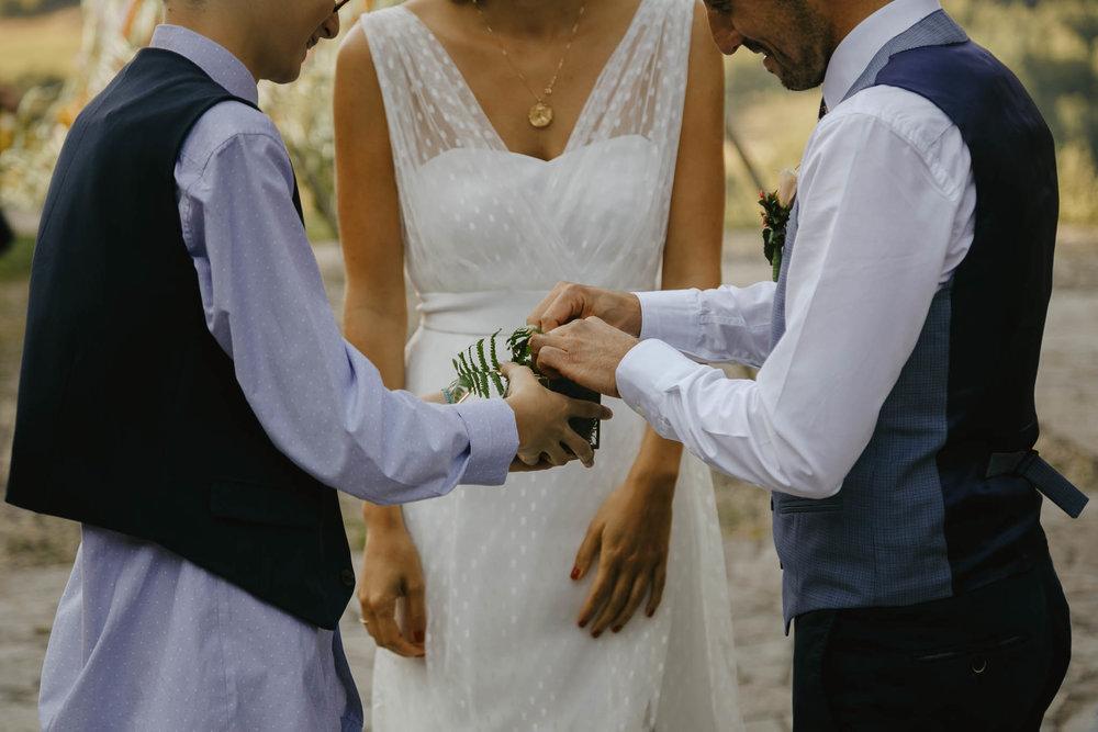 mariage-ceremonie-laique-cantal-ingold-19.jpg