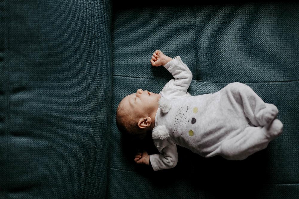 famille-nouveau-né-ingold-22.jpg