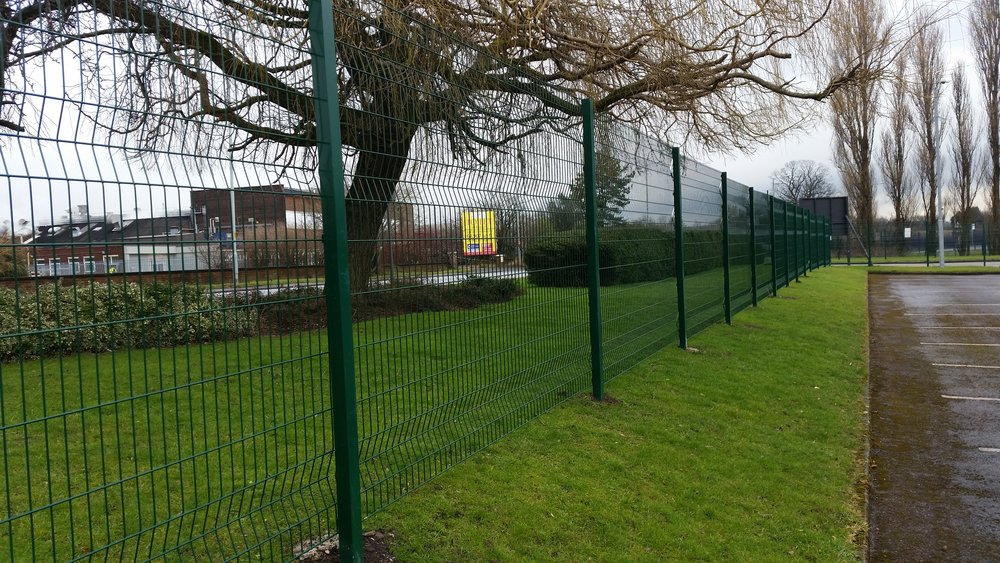 Titan Security    Fencing Ltd     Click To Call
