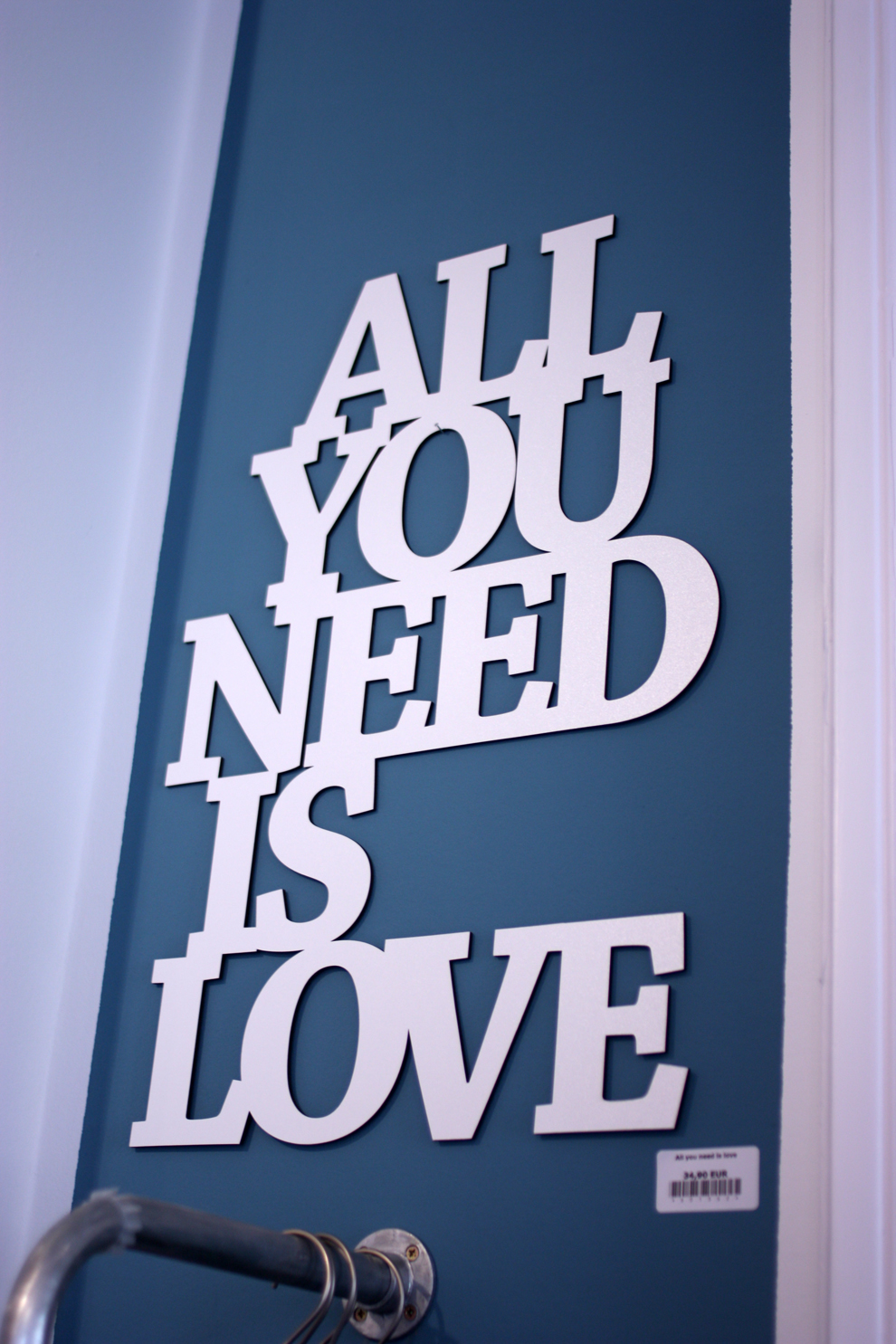 LIV_All_you_need_is_love