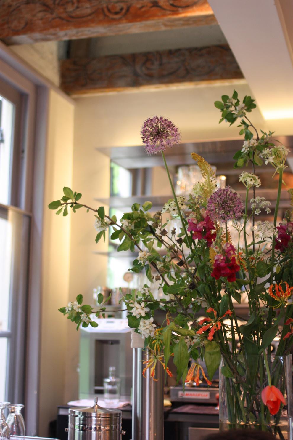 green_Amsterdam_wild_flowers