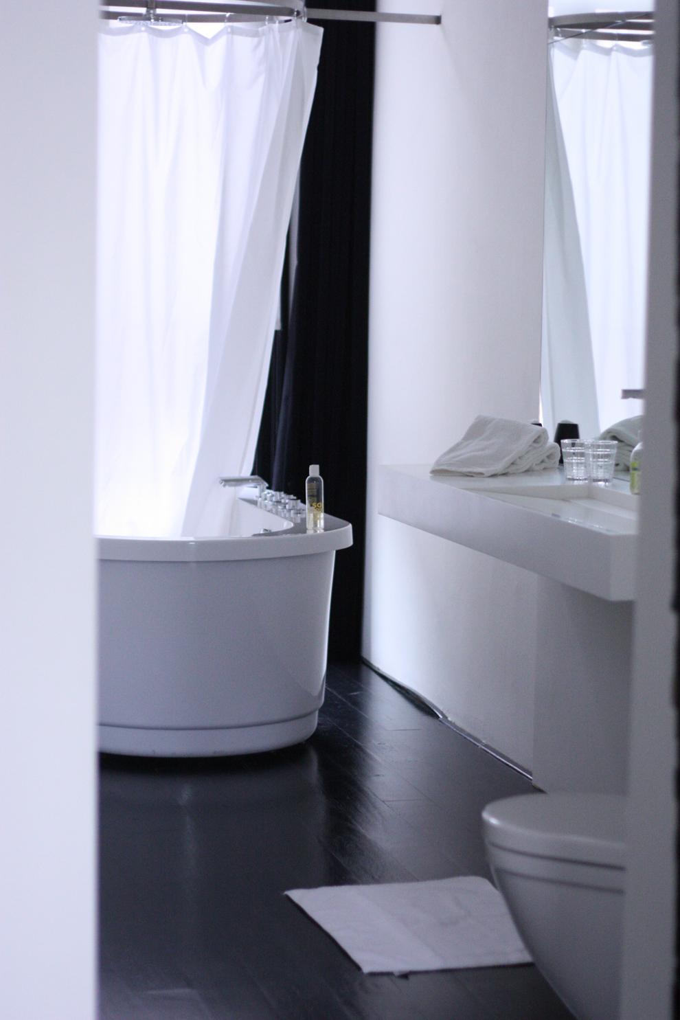 Bathroom - Suite at feek