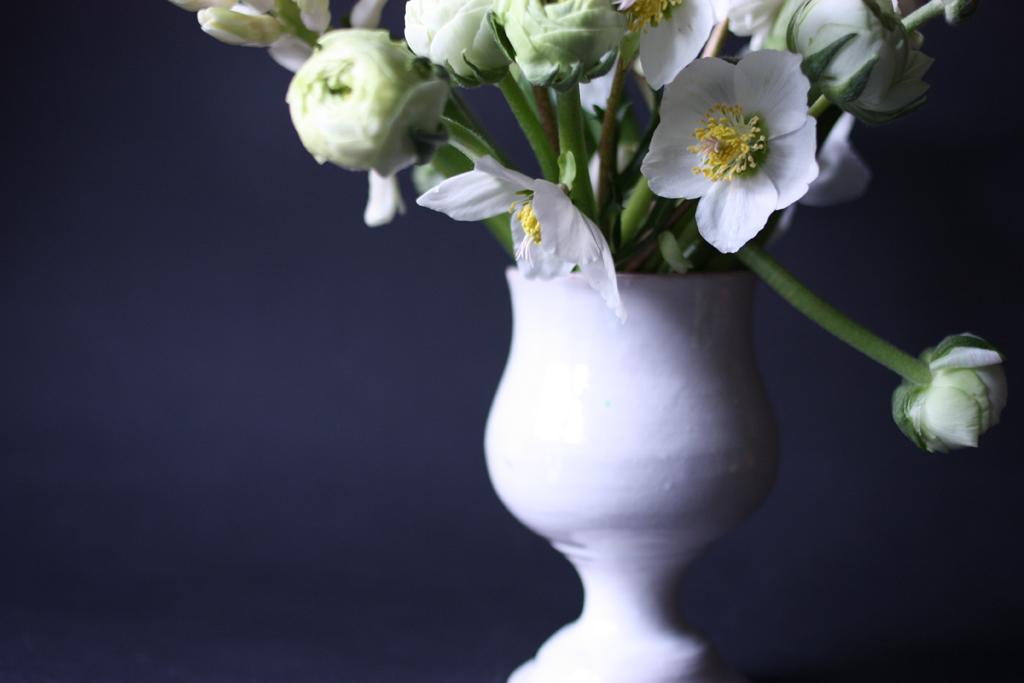 white bouquet landscape