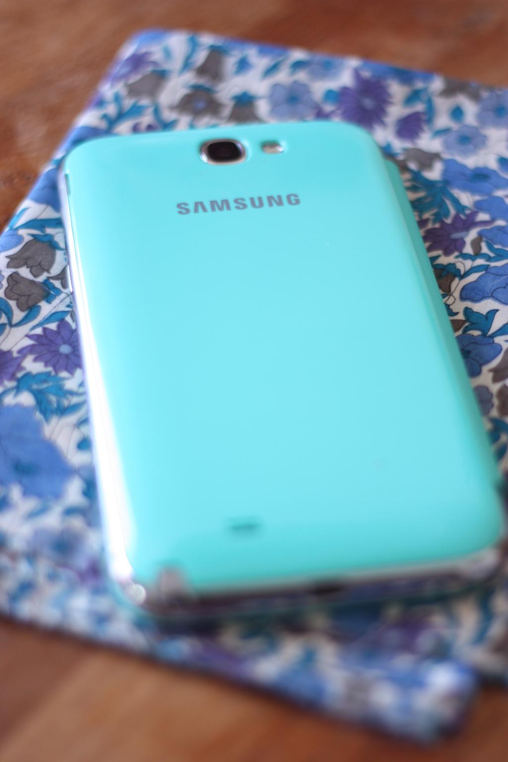 Samsung_galaxy_Note_II_by_madamelove