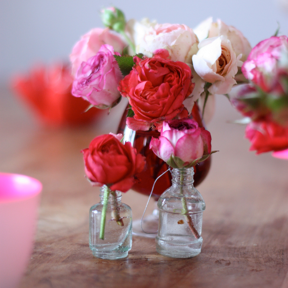 2flowergirls_roses_mini