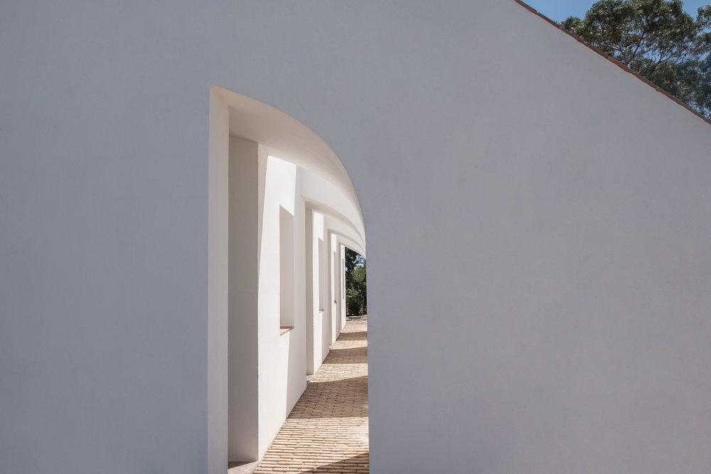 Casa-Modesta-exterior-Fiona-Burrage-Shape.jpg