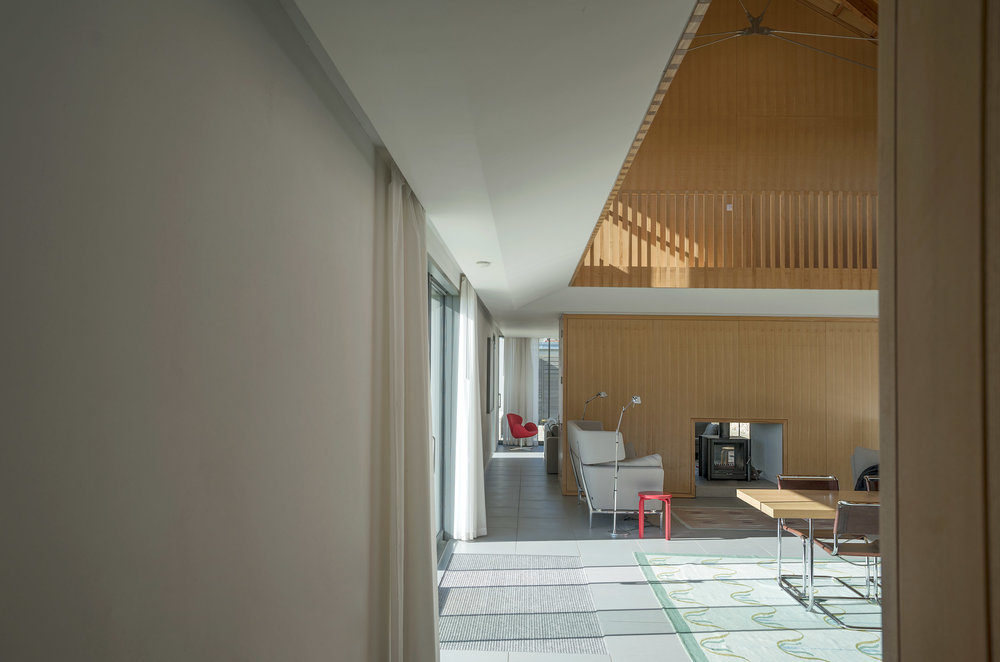 Long-House-Fiona-Burrage-Photographer-Norwich-Norfolk-Exterior-Architecture-Open-Plan.jpg