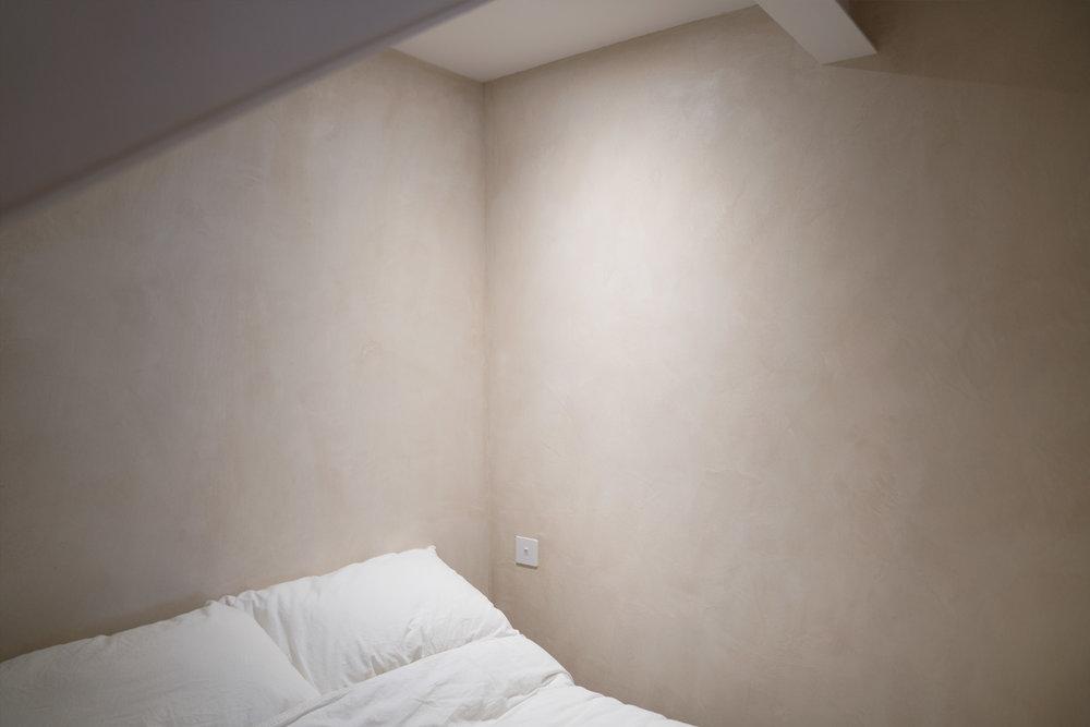 porteous-studio-fiona-burrage-photographer-norwich-edinburgh-interiors-bed-minimal.jpg