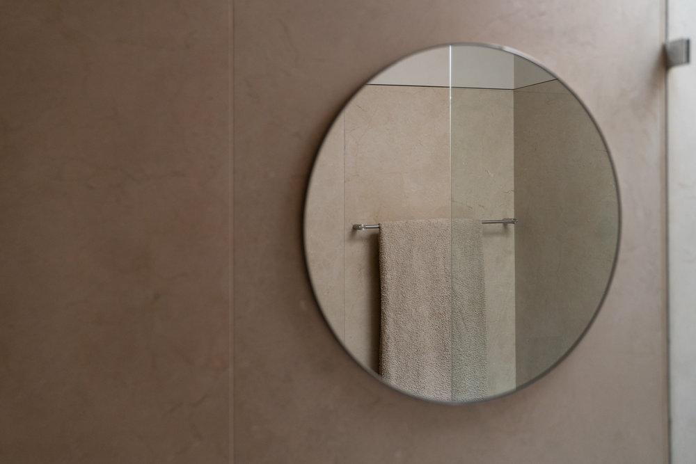 Fiona-Burrage-casa-1015-porto-norwich-photographer-reflection.jpg