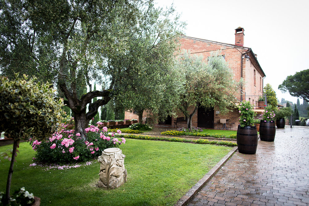 Wedding Montepulciano Borgo Tre Rose -17.jpg