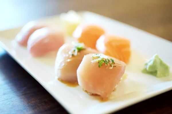 SUGARFISH TAKES ITS AFFORDABLE OMAKASE TO MANHATTAN BEACH