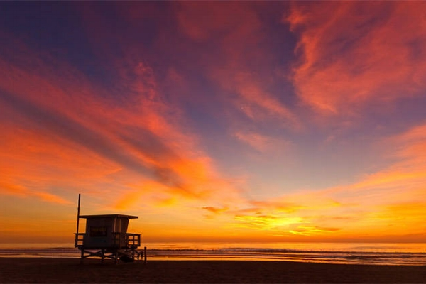 TIMEOUT: A GUIDE TO MANHATTAN BEACH
